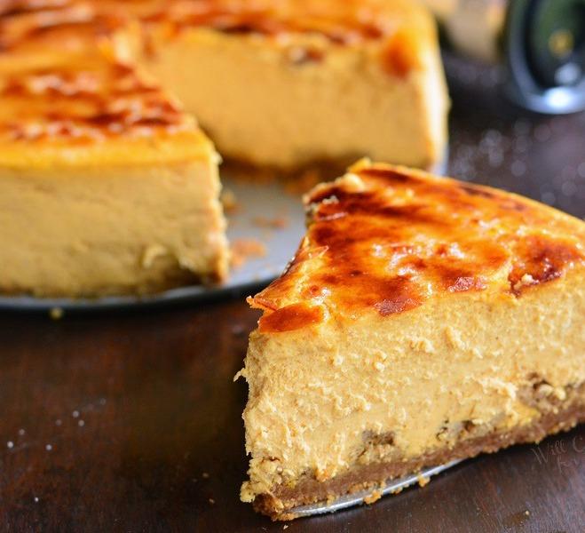 Creme-Brulee-Pumpkin-Cheesecake-9